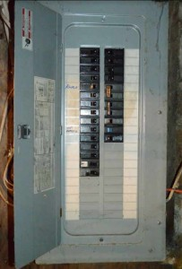 old circuit breaker panel need updating - HelpHouse.com
