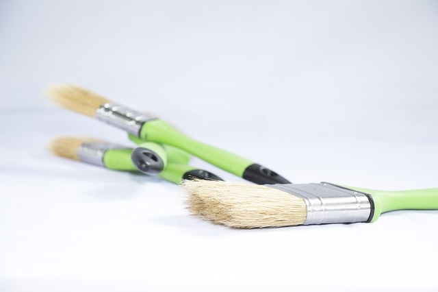 how to clean your paint brushes HelpHouse.com